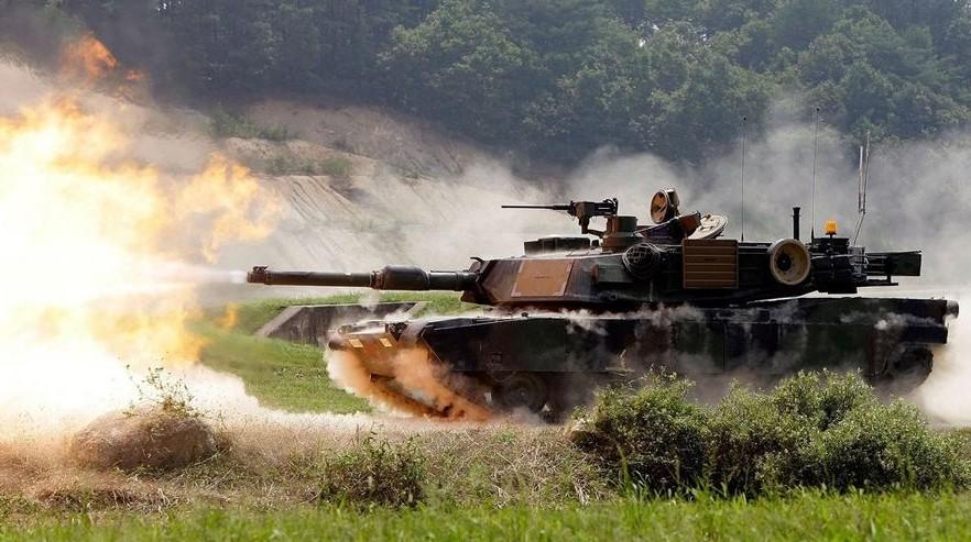 EUA enviará 100 veículos Abrams M1 / Bradley ao leste da Europa