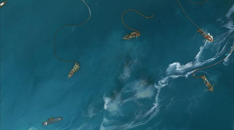 卫星直击南沙岛礁建设