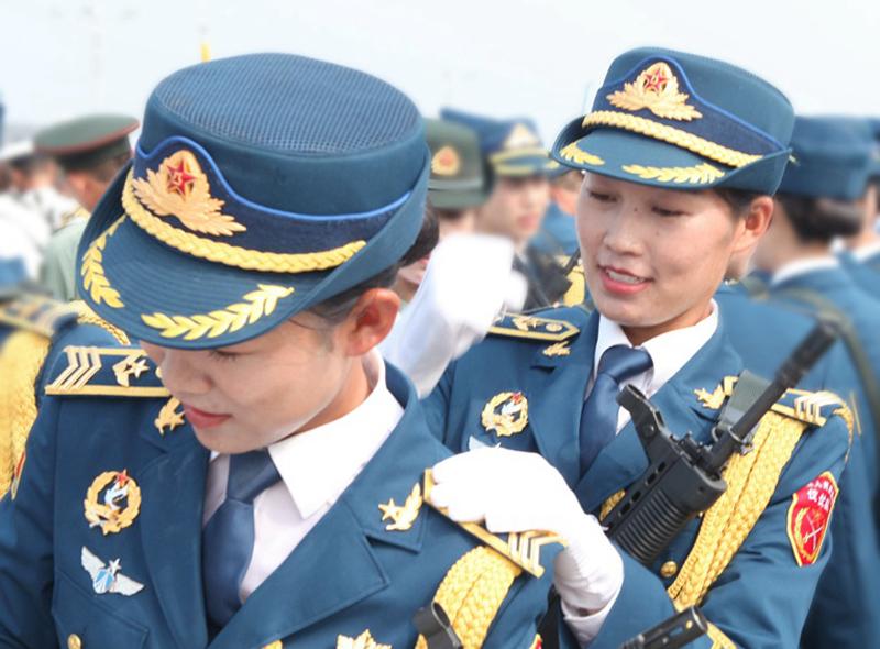三军仪仗队女兵训练日记