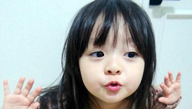 日本可爱小萝莉