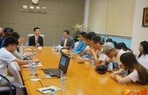 香港傳媒學子在新華集團越南總部採訪)香港文匯報 記者 李昌鴻 攝